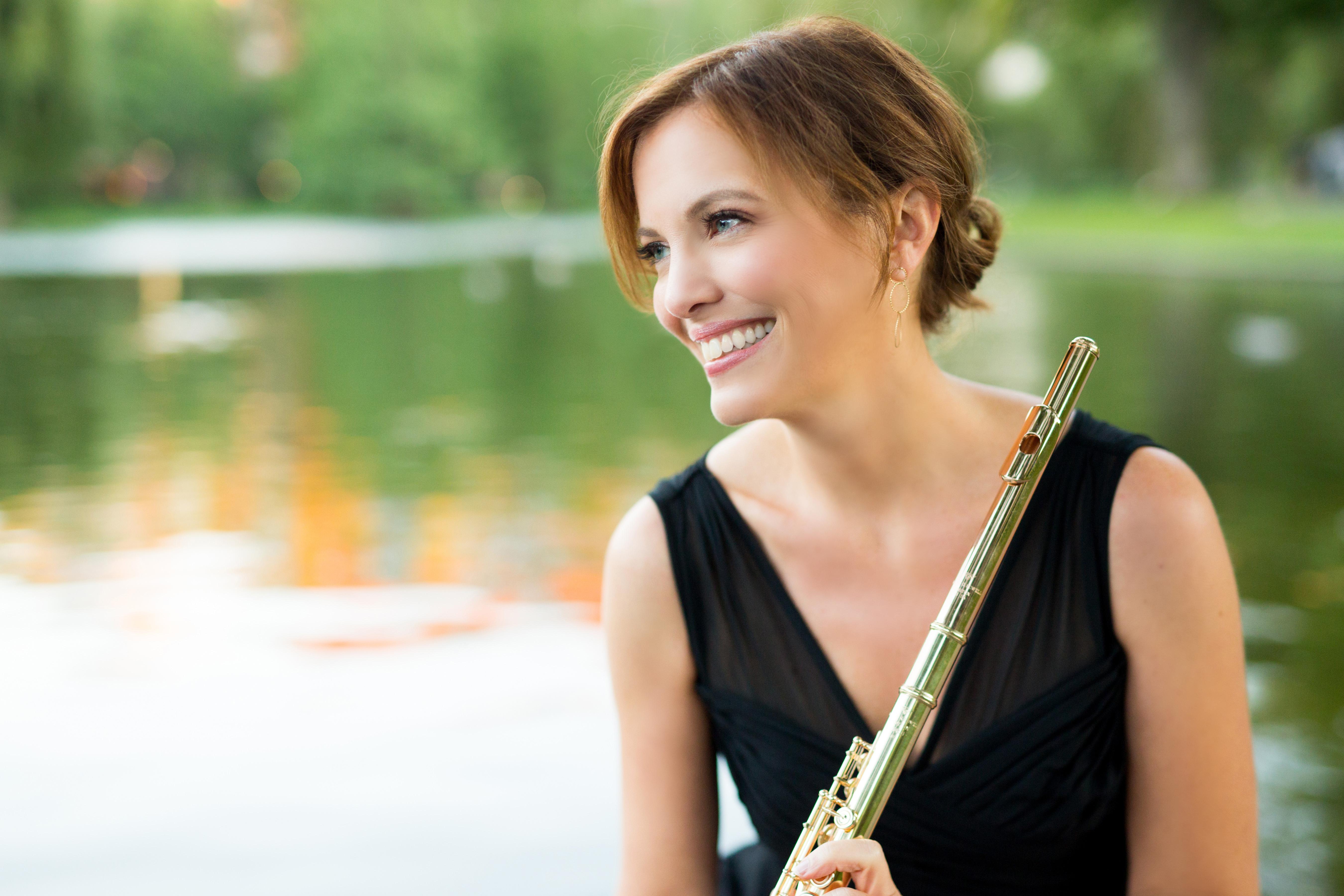 Nancy Stagnitta, flute